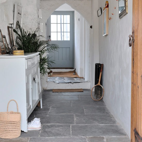 Gang inrichten 20 interieur en decoratie idee n for Country cottage floor tiles